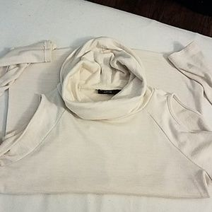 Womens funnel neck cold shoulder top!!